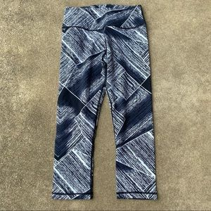 Lululemon Printed Crop Performance Legging NEW